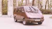 BAZ MNA 1000 byl vyvíjen spolu s Moskvičem.