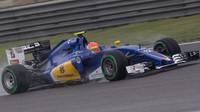 Felipe Nasr v kvalifikaci v Číně