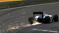 Valtteri Bottas jiskří v kvalifikaci v Číně