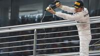 Nico Rosberg na pódiu v Číně