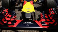 Přední křídlo vozu Red Bull RB12 - Renault v Číně