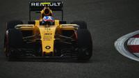 Renault bije na poplach a odmítá sezónu vzdát