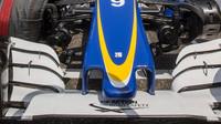 Přední křídlo vozu Sauber C35 - Ferrari v závodě v Číně