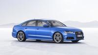 Audi A6 prošlo decentní modernizací, několik změn exteriéru doplňuje lepší interiér.