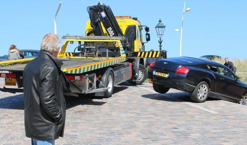 Bentley Continental GT a nehoda v Nizozemí