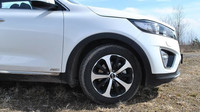 Kia Sorento 2.2 CRDi 4x4 AT (2016)