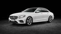 Prodloužený Mercedes-Benz třídy E dostal navíc 140 milimetrů.