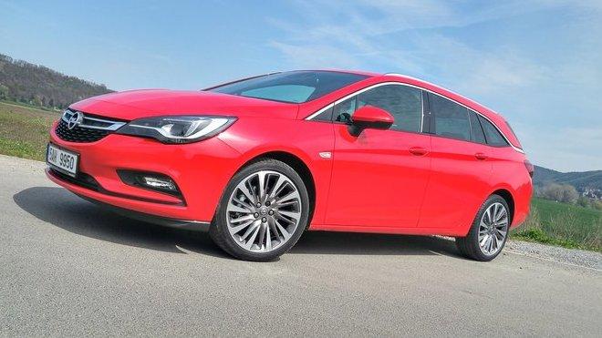 Opel Astra Sport Tourer právě vstupuje na český trh