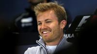 V kvalifikaci v Rusku triumfoval Rosberg, Hamiltonovi opět vypověděl službu motor - anotační foto