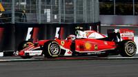 Kimi Räikkönen s Ferrari SF16-H v Rusku
