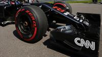 Přední křídlo vozu McLaren v Soči