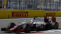 Romain Grosjean při kvalifikaci v Soči