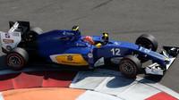 Felipe Nasr při závodě v Soči