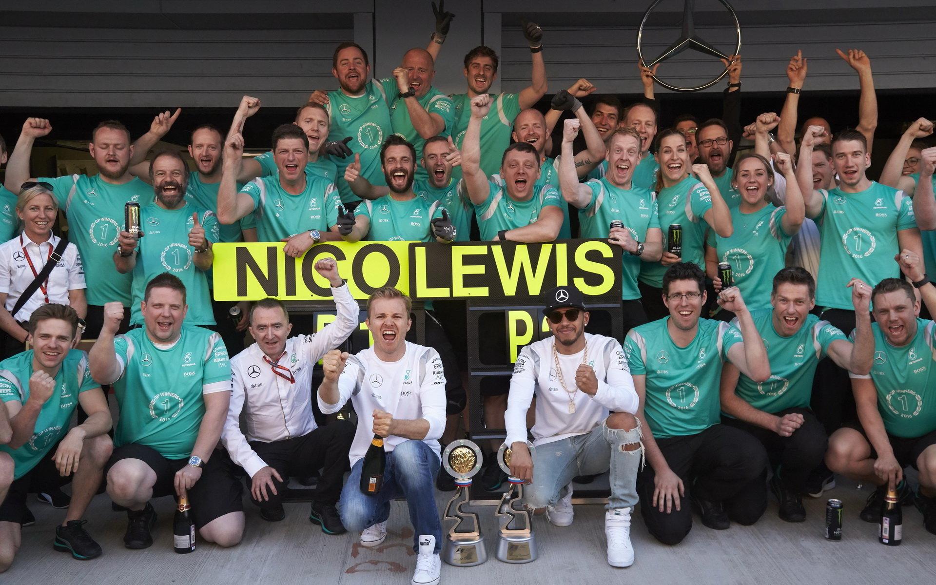 Otevřený dopis Mercedesu fanouškům: Jak vážné byly problémy Nica a Lewise? - anotační foto