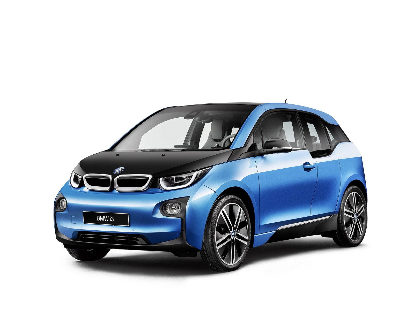 BMW i3 ujede nově až 300 kilometrů, hlásí to modrou metalízou Protonic - anotační foto