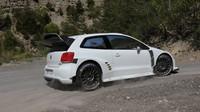 Volkswagen přiznal, že zvažuje homologaci Pola WRC pro šampionát MS v rally 2017 - anotační obrázek