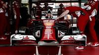 Charles Leclerc se poprvé svezl s Ferrari