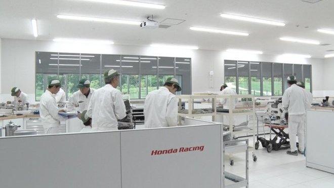 V továrně Hondy
