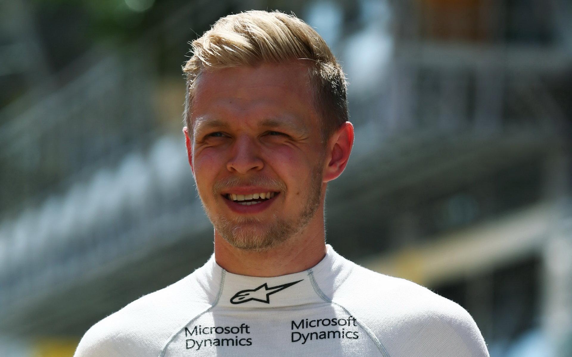 Magnussen: Renault musí
