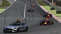 Safety car v závodě v Barceloně
