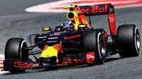 Max Verstappen v závodě v Barceloně