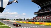 Red Bull v Barceloně naznačil, že je třeba s ním počítat