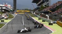 Valtteri Bottas v závodě v Barceloně