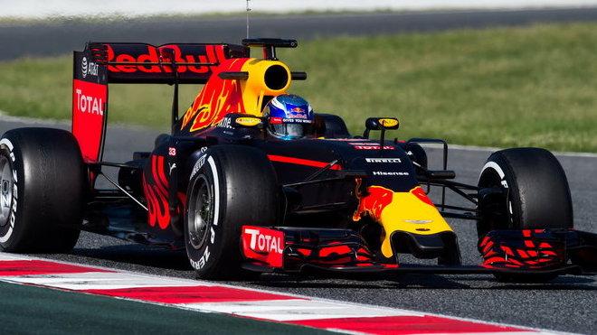 Rýsuje se u Red Bull ještě jiný dodavatel než Renault?