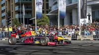 Formule 1 hostují na městských komunikacích v rámci různých show