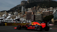 Daniel Ricciardo při tréninku v Monaku