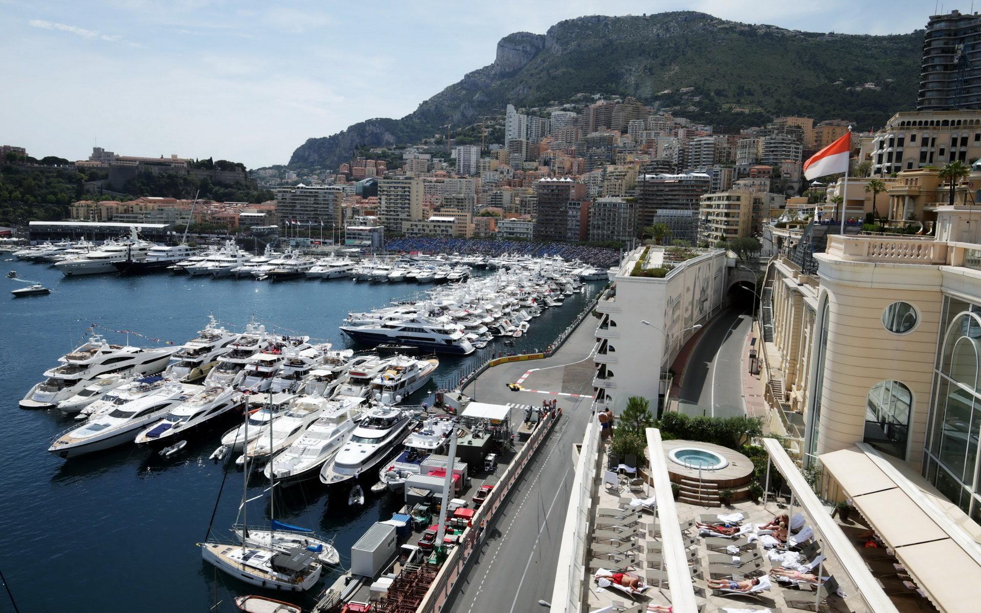 FOTO: Čtvrteční tréninky v malebném Monaku - anotační foto