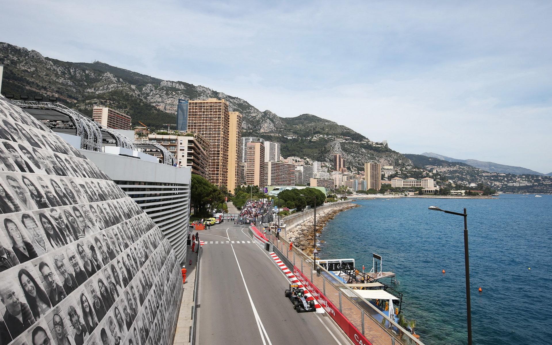 Monako: Šílené i nádherné - anotační foto