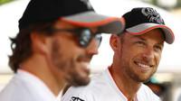 Fernando Alonso a Jenson Button si proti sobě zazávodí v Le Mans