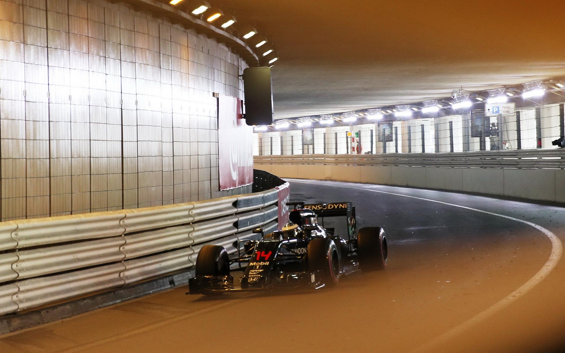 Boullier si po kvalifikaci nadále myslí, že McLaren má třetí nejlepší šasi - anotační foto