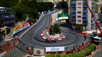 Daniil Kvjat při kvalifikaci v Monaku