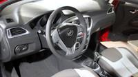 Automobilka ZAZ se vrací, příští rok začne vyrábět hatchback Slavuta Nova.