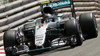 NEJVYŠŠÍ RYCHLOSTI: Rosberg před Ricciardem s vylepšeným Renaultem - anotační foto