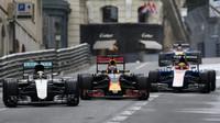 Věhlasné Monako jsou i svodidla a boj o centimetry. Takhle to končí, když se nedaří - anotační foto