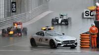 Safety Car odstartoval závod v Monaku