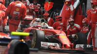Sebastian Vettel v závodě v Monaku