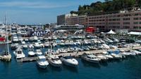 Motorhome týmu Red Bull a Toro Rosso v Monaku