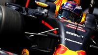 Max Verstappen při kvalifikaci v Monaku