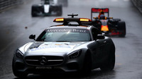 Safety Car v závodě v Monaku