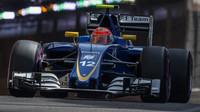 Felipe Nasr při kvalifikaci v Monaku