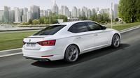 Škoda Superb SportLine přichází na český trh jako nejdražší okřídlený šíp.