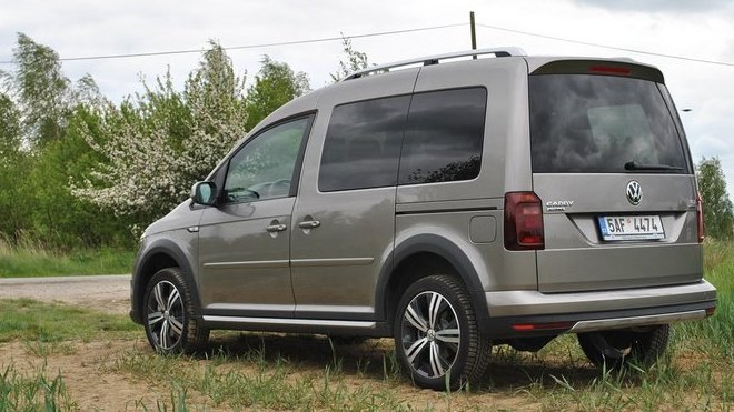 test volkswagen caddy 2 0 tdi dsg alltrack u ite n ale s handicapy. Black Bedroom Furniture Sets. Home Design Ideas