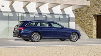 Mercedes-Benz třídy E příchází do Čech i s karosérií kombi.