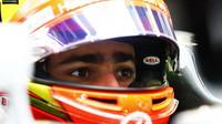 FIA po třetím tréninku rozdávala penalizace - anotační foto