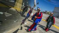 Red Bull a jeho seskok na wingsuit nad okruhem v Baku