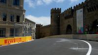 FOTO: Seznamování se s tratí a přípravy na první závod v Baku